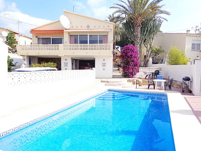 Ref:V4003 Villa For Sale in La Nucia