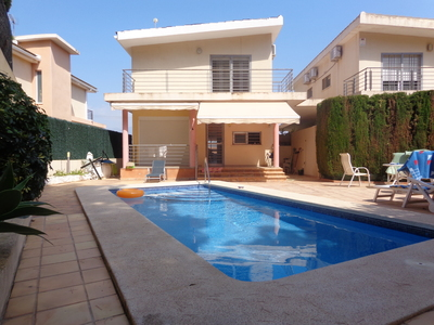 Ref:V4009 Villa For Sale in Albir