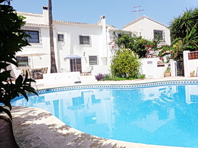 Ref:V4011 Villa For Sale in Altea