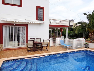 Ref:V3863 Villa For Sale in Albir