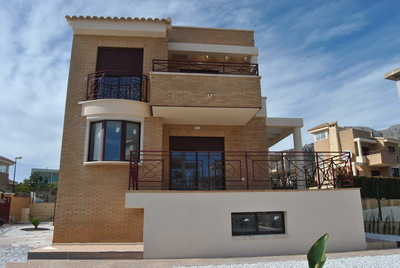 Ref:T4077 Townhouse For Sale in Polop