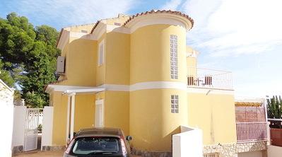 Ref:V4126 Semi-detached Villa For Sale in La Nucia