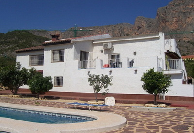 Ref:V460 Villa For Sale in Polop