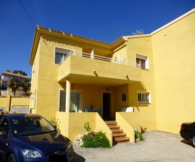 Ref:V4203E Semi-detached Villa For Sale in Alfaz del Pi