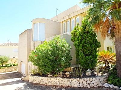 Ref:V4241 Villa For Sale in La Nucia