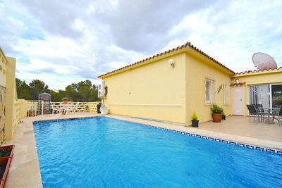 Ref:V4248E Villa For Sale in La Nucia