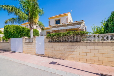 Ref:V4296E Villa For Sale in Polop