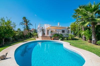 Ref:V4302E Villa For Sale in Alfaz del Pi