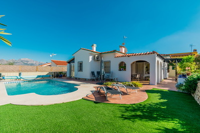 Ref:V4322E Villa For Sale in Polop
