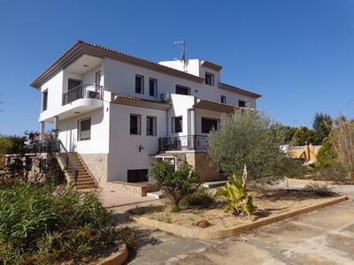 Ref:V4335 Villa For Sale in Altea