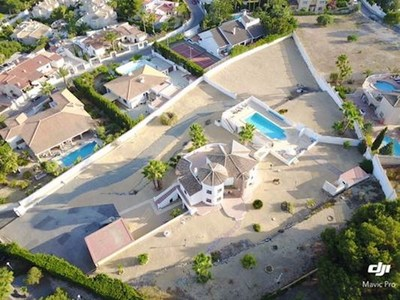 Ref:V3918 Villa For Sale in Altea