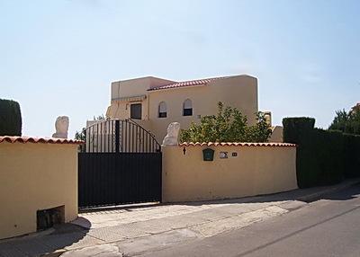 Ref:V2653 Villa For Sale in Nucia (la)