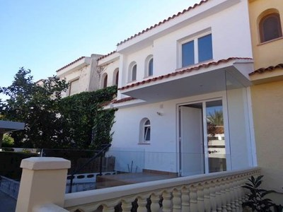 Ref:T3910 Townhouse For Sale in Albir